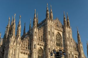 Milan is beautiful but it can get crowded, something to know before you visit Italy