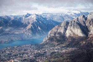 Lake Como and the staggering mountains of the North of Italy