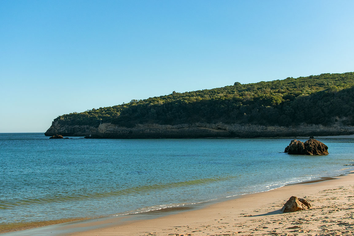 Praia dos Galapinhos, near Lisbon: fine sand, calm waters, and views to the Natural Park