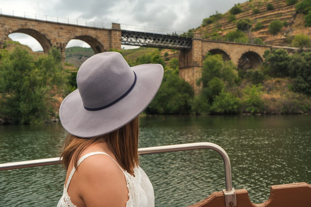 One of the things you have to do in the Douro Valley is a boat tour